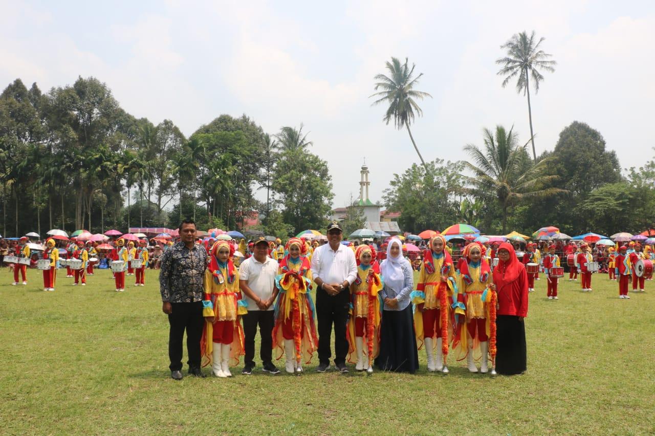 Bupati Irfendi Arbi Buka Festival Lomba Drumband Osis Cup 2019 Kecamatan Suliki